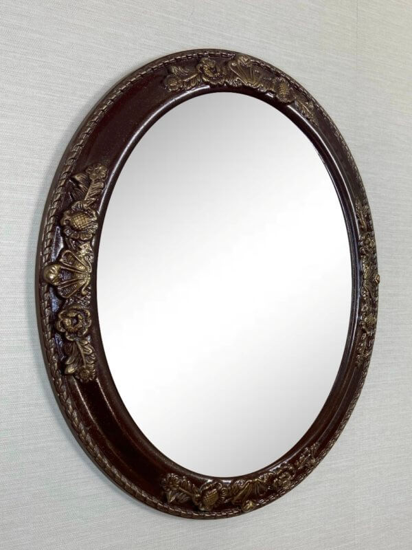 Дизайнерское овальное зеркало в раме «Лекси»